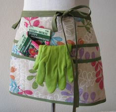 simple gardening apron hack, but also great as a 'wandering round the house' apron, so you never leave the scissors or pen or lost sock, or tape measure or notes in the wrong room on your trek round dealing with all the demands from kids or husband or latest phone caller!!!