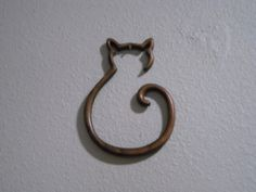 Cat Outline Photo: This Photo was uploaded by larsan. Find other Cat Outline pictures and photos or upload your own with Photobucket free image and vide. get some yourself some pawtastic adorable cat apparel! Black Cat Tattoos, Small Tattoos, Cat Outline Tattoo, Glitter Henna, Outline Pictures, Cat Drawing Tutorial, Negative Space Tattoo, Cat Crafts, Rock Crafts