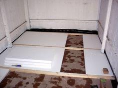 Gartenhausboden mit Styropor dämmen