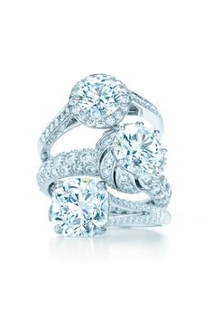 Tiffany and Co. twisted bow ring. The first thing I would give you to let you know that I promise to be here, forever. #jewellery Tiffany #Tiffany