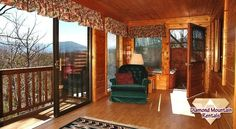 Very private and spacious 1 bedroom suite with all the amenities including a fully equipped large kitchen, regulation pool table plus a large bonus sun room. Hot Tub is very secluded with outstanding views. #Smoky #Mountains #honeymoon #anniversary #getaway #Tennessee