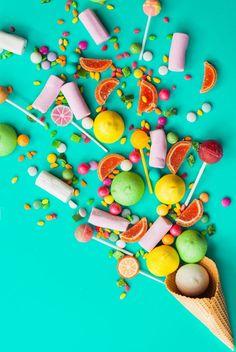 art direction | candy explosion #flatlay #flatlays #flatlayapp www.flat-lay.com