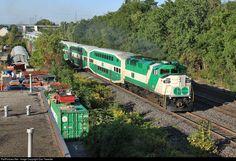 RailPictures.Net Photo: GOT 561 GO Transit (Greater Toronto Transit Authority) EMD F59PH at Burlington, Ontario, Canada by Dan Tweedle