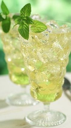 Iced Green Tea with Ginger... try our ginseng green for an extra zing!