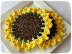 Crocheted Sunflower dish cloth & scrubbie by NeedfulTreasures4U