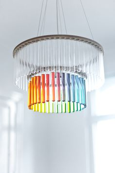 test tube lamp where you can fill the glass tubes. options are endless (designed by pani jurek) Luminaire Original, Lampe Tube, Diy Décoration, Objet D'art, Deco Design, My New Room, Diy Projects To Try, Ceiling Lamp, Chandeliers
