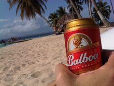 Isla aguja,(Icodub).... una cerveza balboa bien helada! Sol y la isla con dimensiones de una manzana aprox. soñada.
