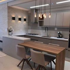 32 + The Inspiring Kitchen Cabinet Colors And Ideas Stories 96 - onlyhomely Kitchen Room Design, Luxury Kitchen Design, Kitchen Cabinet Design, Kitchen Layout, Home Decor Kitchen, Interior Design Kitchen, Diy Interior, Modern Kitchen Interiors, Modern Kitchen Cabinets