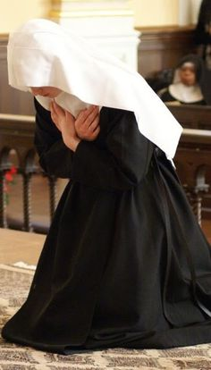 Vocação Religiosa: Entre o mosteiro