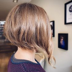 Are you a fan of bob haircuts? A lot of women love them since they are so low-maintenance while being so gorgeous, effortless, and easy to style. If y... Asymmetrical Bob Haircuts, Bob Cuts, Bob Haircuts For Women, Short Hair Styles, Hair Cuts, Hairstyles, Fan, Beauty, Bob Styles