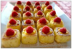 My Sweet Mission: 20 Pretty & Delicious Easter Dessert Recipes Dessert Simple, Köstliche Desserts, Dessert Recipes, Wedding Canapes, Yummy Treats, Yummy Food, White Chocolate Strawberries, Sweet Tarts, Mini Foods