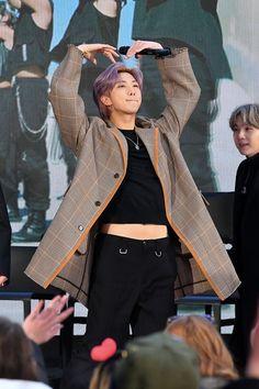 Pieprzyk na brzuszku RM ;) / Mole on the tummy RM; Taehyung, Jhope, Kim Namjoon, Yoongi, Bts Bangtan Boy, K Pop, Mixtape, Jin, Jung Kook