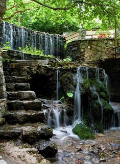 Would love this waterfall in my backyard!- Would love this waterfall in my backyard! Would love this waterfall in my backyard! Pond Landscaping, Ponds Backyard, Backyard Waterfalls, Garden Ponds, Water Falls Garden, Water Falls Backyard, Backyard Ideas, Koi Ponds, Garden Waterfall