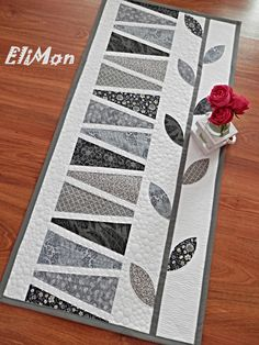 Patchwork & quilting table runner....