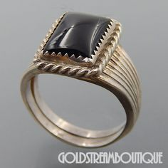 NATIVE AMERICAN VINTAGE NAVAJO STERLING SILVER BLACK ONYX RECTANGULAR RIBBED MEN'S RING SIZE 11
