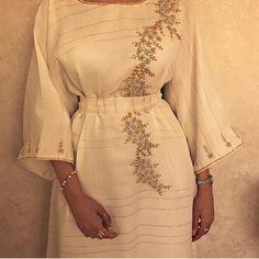 Arab Fashion, Muslim Fashion, Modest Fashion, African Fashion, Fashion Dresses, Mode Abaya, Arabic Dress, Eid Dresses, Modest Wear