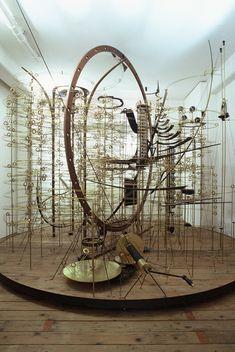 Mark Bischof - kinetic art Kunst die beweegt door de wind of 1 beweging