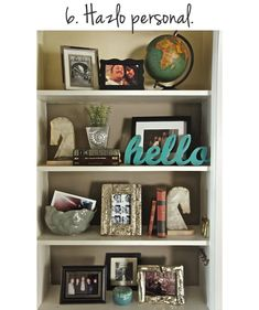 I love proper shelf decorations!