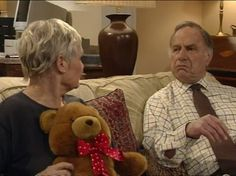 Judi Dench and Geoffrey Palmer in As Time Goes By Bbc Tv Shows, Falling Back In Love, Judi Dench, As Time Goes By, The Phantom Menace, The Empire Strikes Back, Oscar Winners, Last Jedi