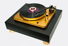 The Mapleshade Store - Homepage High End Turntables, Record Shelf, Hi End, Record Players, High End Audio, Control System, Audiophile, Custom Items, Design Projects