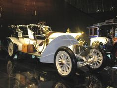 A 1908 Mercedes-Benz Mercedes 75 PS Doppelphaeton, quite the car here (sorry for poor picture quality).