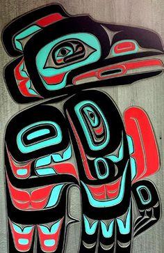 Tlingit Raven carving Thats me Raveneyez Arte Inuit, Arte Haida, Haida Art, Inuit Art, Arte Tribal, Tribal Art, Native American Symbols, Native American Indians, Native Indian