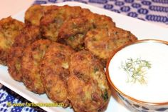 We recommend a recipe suitable for fasting days and beyond. Ingredients: 2 red onions 3 green onion yarns cloves garlic 2 pumpkin 2 carrots 2 potatoes 100 g white cabbage Romanian Food, Romanian Recipes, Fast Day, Yummy Food, Tasty, Russian Recipes, Tandoori Chicken, Food Videos, Cabbage