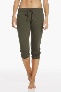 These willow sweats are on another level. Slip into a guided meditation in these super soft bottoms. | Hamilton Sweatpant III - Fabletics