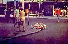 Artur Barrio, Situação...Defl...+S+...Ruas...., April 1970, Rio De Janeiro