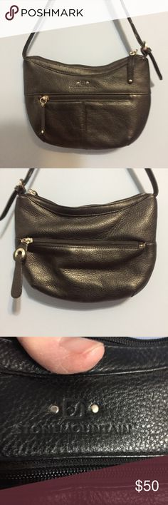 NWOT Stone Mountain purse black leather NWOT Stone Mountain black leather cute and functional purse. Leather like butter Stone Mountain Accessories Bags Shoulder Bags