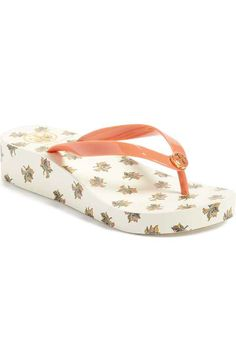 Free shipping and returns on Tory Burch Thin Flip Flop (Women) at Nordstrom.com. Relax by the pool in style with a lightweight flip-flop accented by a logo medallion.