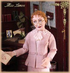 Miss Felicity Lemon. 12th scale OOAK sculpture by Annemarie Kwikkel