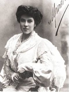 Maria Barrientos (March 10, 1883 - August 8, 1946) was a Spanish opera singer, a light coloratura soprano, one of the most eminent sopranos of her time. Barrientos was born in Barcelona, where she received a thorough musical education (piano and violin) at the Music Conservatory, before turning to vocal studies with Francisco Bonet. She made her debut at the Teatro Novedades in Barcelona, as Ines in L'Africaine, in 1898, aged only 15.