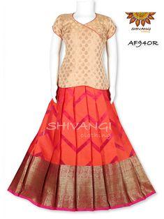 Kids Indian Wear, Indian Ethnic Wear, Kids Blouse Designs, Kids Dress Wear, Kids Frocks Design, Frock Design, Lehenga Designs, Baby Dresses, Designer Gowns
