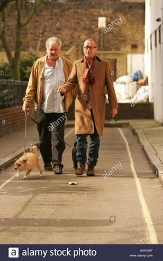Sean Pertwee walking his dogs Sean Pertwee, Walking, Hipster, Dogs, Style, Fashion, Swag, Moda, Hipsters