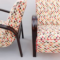 párová křesla Halabala   novoreto   retro nabytek a doplnky Retro Home Decor, Cheap Home Decor, Chair Fabric, Sofa Furniture, Upholstered Chairs, Club Chairs, Home Decor Accessories, Home Remodeling, Outdoor Chairs