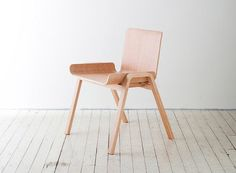 *Economical Chair, una silla perfecta para el planeta.*