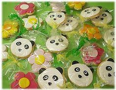 Bolos da Tia Milú: Pandas e flores no 1º aniversário da Rafaela