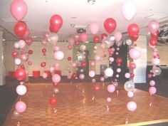 Bubble Strands, cute idea for balloon decorations for Aprils party! School Dance Decorations, Valentine Decorations, Balloon Decorations, Sorority Door Decorations, Valentinstag Party, Deco Ballon, Daddy Daughter Dance, Father Daughter, Mother Son