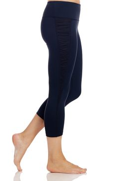 Tsu.ya by Kristi Yamaguchi - Rachel Capri [[Perfect for working out in the gym or running errands around town] #kristiyamaguchi #tsuyastyle #fallfashion #womensactivewear #workoutcapri #rachelcapri