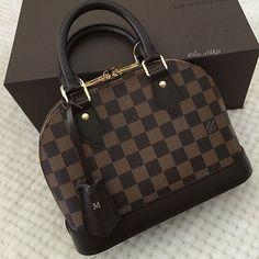 Louis Vuitton Alma, Louis Vuitton Handbags, Purses And Handbags, Luxury Purses, Luxury Bags, Fashion Handbags, Fashion Bags, Cute Purses, Cute Bags