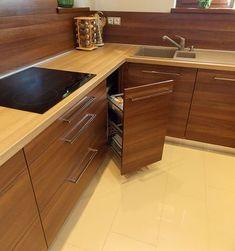Modern konyhabútor cappuccino frontokkal Home Decor Kitchen, Living Room Decor Apartment, Kitchen Cabinets, Kitchen Remodel, Kitchen Decor, Home Decor, Painted Kitchen Cabinets Colors, Modern Kitchen Design, Kitchen Design