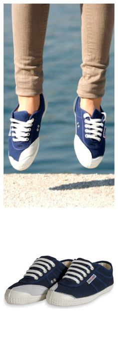 Backyard navy canvas sneakers hand made and vulcanized in Europe.