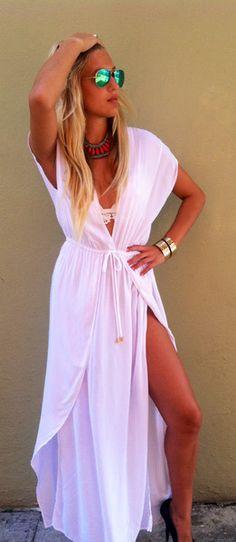white wrap flowy Beach Date Dress Beach Date, Summer Outfits, Summer Dresses, Summer Clothes, Moda Chic, Beach Attire, Date Dresses, Swimsuit Cover Ups, Dream Dress