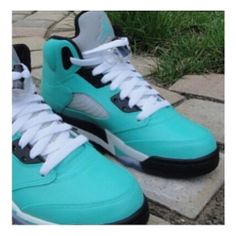 2014 cheap nike shoes for sale info collection off big discount.New nike roshe run,lebron james shoes,authentic jordans and nike foamposites 2014 online. Blue Jordans, Air Jordans, Sock Shoes, Shoe Boots, Custom Jordans, Sneak Attack, Adidas Shoes Outlet, Site Nike, Jordan Shoes