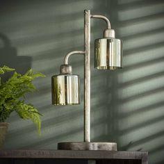 Bordlampe i metal og glas Sconces, Wall Lights, Lighting, Metal, Home Decor, Corning Glass, Chandeliers, Appliques, Light Fixtures