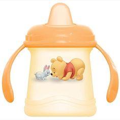 ABC-nokkamuki 250 ml    Nalle Puh ABC- lastenastiat on valmistettu turvallisesta ja mikronkestävästä polypropyleenista.    ABC- nokkamukin vetoisuus on 250ml ja siinä on pehmeä nokka.