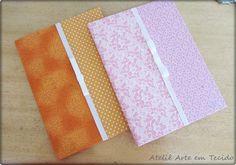 Cadernos encapados com tecido  http://www.elo7.com.br/arteytecido    https://www.facebook.com/arteytecido