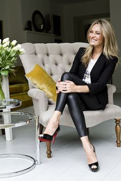 Sarah Jagger - leather leggings, louboutin heels, blazer and tee - it's a hit!