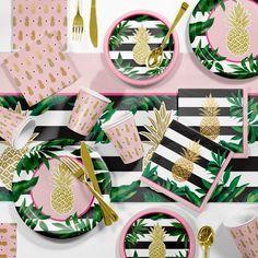 Pineapple Party Supplies Kit Gold And Green Ananas Party Supplies Kit Gold und Grün, Gold / Grün Hawaiian Birthday, Luau Birthday, 13th Birthday, Birthday Ideas, Hawaiian Party Decorations, Pineapple Party Decor, Hawaiin Party Ideas, Pineapple Decorations, Party Kit